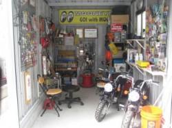 バイク保管庫4