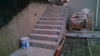 M様邸 階段タイル